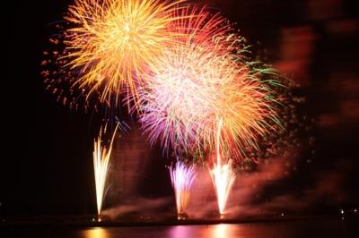 「第65回さがみ湖湖上祭花火大会 有料席販売開始」のアイキャッチ画像